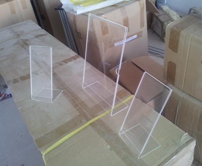 Portable Exhibition Stands Dubai : Brochure stand acrylic suppliers in dubai
